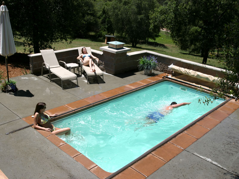 Vantage Pools and Spas offers luxury swim spas that provide year round swimming. Our Langley showroom caters to Surrey and Maple Ridge