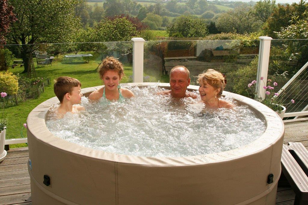 Swift Current Portable Spa hot tub